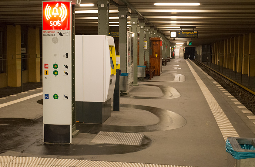 Metro-floor-cleaner
